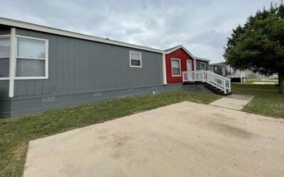 Mobile Home at 4814 Woodlake Trail San Antonio, TX 78244