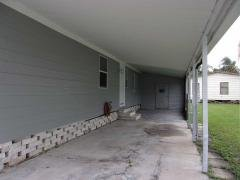Photo 5 of 40 of home located at 9109 Bayou Dr Tampa, FL 33635