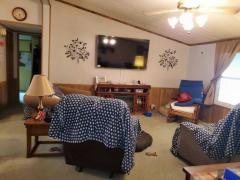 Photo 3 of 8 of home located at 21358 Holly Court Warrenton, MO 63383
