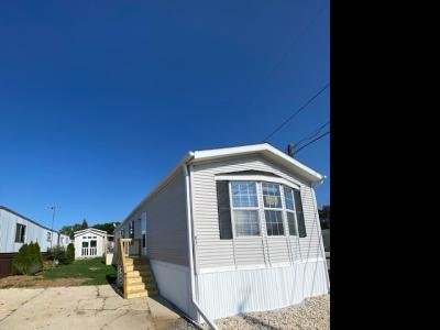 Mobile Home at 4221 S 6th St. Milwaukee, WI 53221