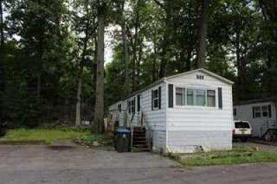 Mobile Home at 11 Square Hill Road Lot 13 New Windsor, NY 12553