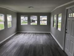Photo 4 of 8 of home located at 101 Oakhill Ridge Rd Valrico, FL 33594