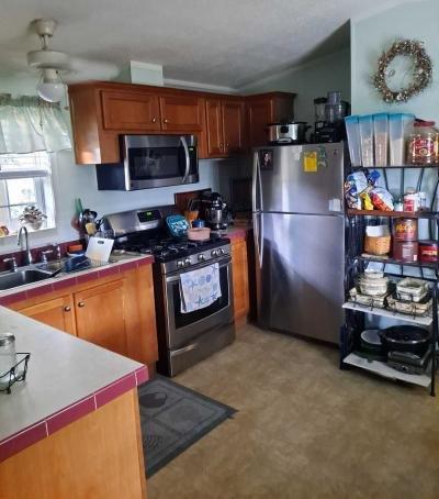 Mobile Home at 1976 N East Avenue Lot 121 Vineland, NJ 08360