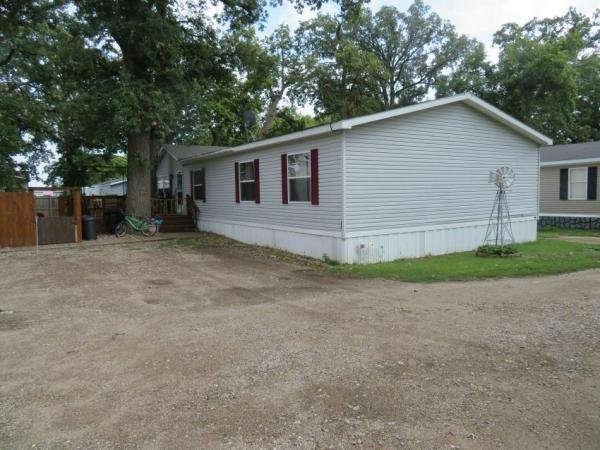 Photo 1 of 2 of home located at 63 Horseshoe Bend Horace, ND 58047