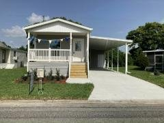 Photo 5 of 20 of home located at 2849 Holster Way Orlando, FL 32822