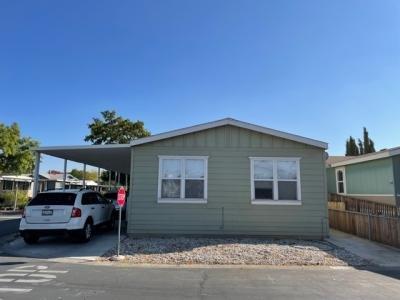 Mobile Home at 7608 Via La Luna Sacramento, CA 95828
