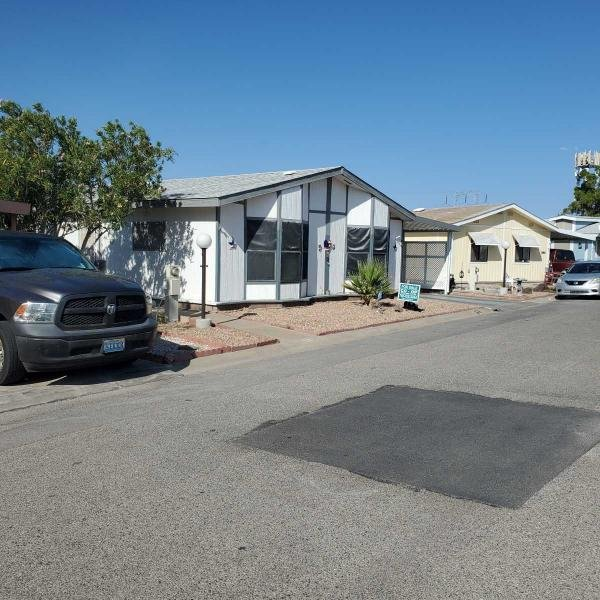 1990 Home Systems Mobile Home For Sale
