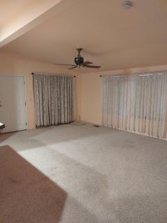 Photo 3 of 14 of home located at 2350 Adobe Road Lot #149 Bullhead City, AZ 86442
