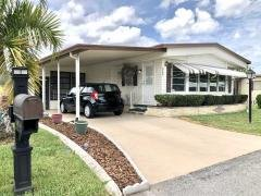 Photo 4 of 34 of home located at 2951 Lamplighter Drive Sarasota, FL 34234