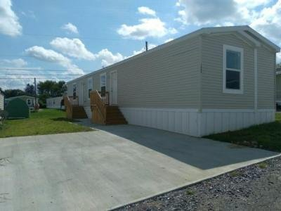 Mobile Home at 1086 Dogwood St Laurys Station, PA 18059