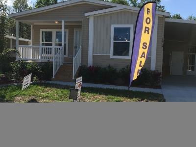 Mobile Home at 3104 Bending Oak Dr. Plant City, FL 33563