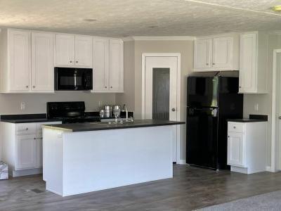 Mobile Home at 8275 Saddleback Cir Lot Sad8275 Ooltewah, TN 37363