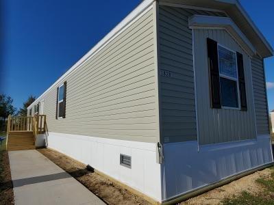 Mobile Home at 1828 Western Drive SW Lot 127 Cedar Rapids, IA 52404