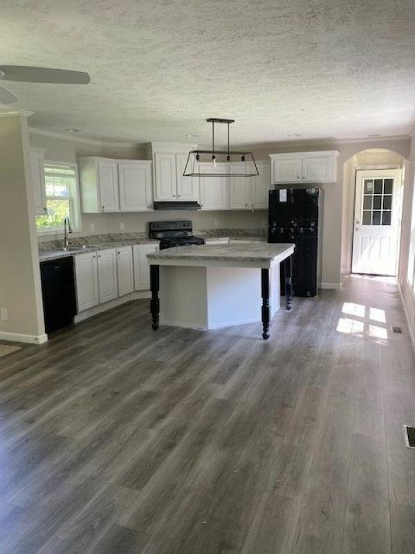 Photo 1 of 2 of home located at 2900 North Oakridge Circle, Lot #23 North Charleston, SC 29420