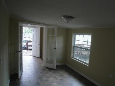Mobile Home at 9359 103rd St Lot #128 Jacksonville, FL 32210
