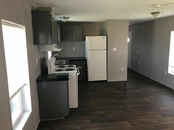2006 TOWNHOMES Mobile Home For Sale