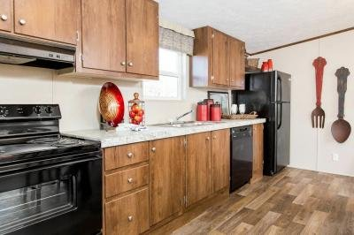 Mobile Home at 5715 N. Belleview Ave Lot Be5715 Kansas City, MO 64118