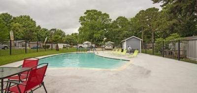Mobile Home at 1009 Frostwood Huntsville, TX 77340