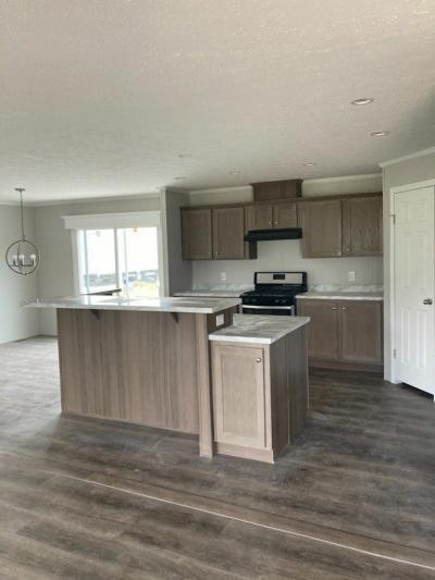 Mobile Home at 4274 Parkway Street Lot Pw4274 Saginaw, MI 48603