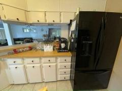 Photo 5 of 20 of home located at 13136 Grape Avenue Grand Island, FL 32735