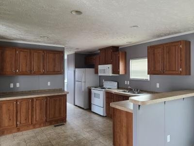 Mobile Home at 98 Lynnwood Circle Clarksville, TN 37040