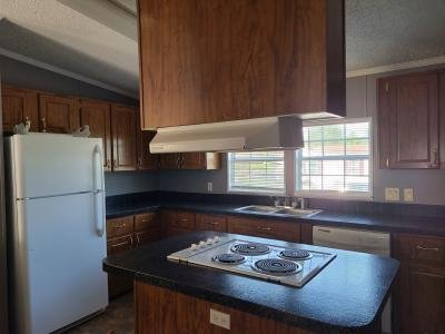 Mobile Home at 192 Lynnwood Circle Clarksville, TN 37040