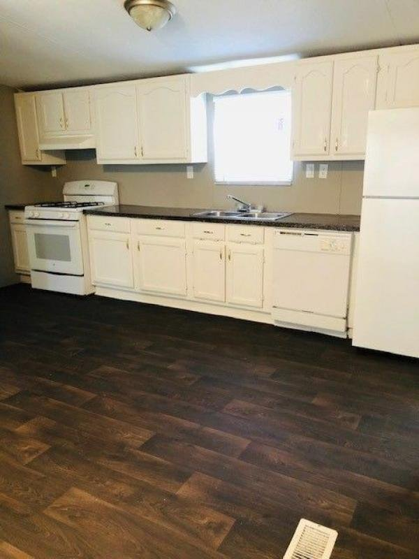1993 CMH MANUFACTURING Mobile Home For Sale
