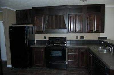 Mobile Home at 1716 Oak Bend Huntsville, TX 77340
