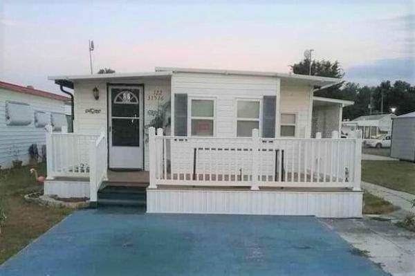 Photo 1 of 2 of home located at 37526 Kells Lane, Lot 122 Zephyrhills, FL 33541