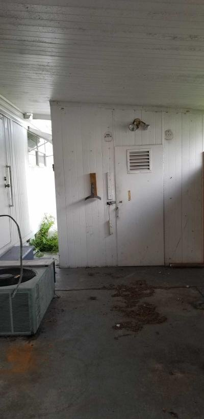 Mobile Home at 9301 49th St N Pinellas Park, FL 33782