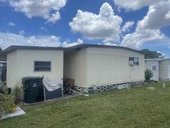 Photo 4 of 24 of home located at 7001 142nd Avenue Largo, FL 33771