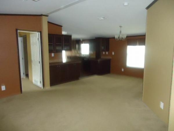 2012 OAK CREEK Mobile Home For Sale