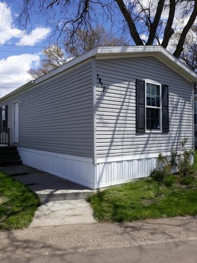 Mobile Home at 1817 Meadowview Dr Lot 150 Kalamazoo, MI 49008