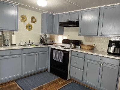 Mobile Home at 11940  Us Hwy 301 N Lot #46 Thonotosassa, FL 33592