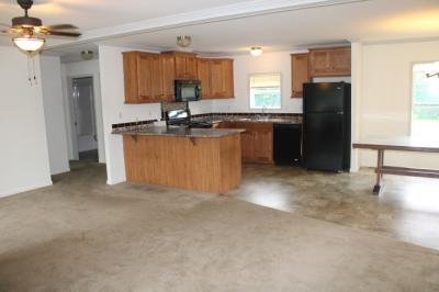 Mobile Home at 10 Cresent City Mhp Clifton Park, NY 12065