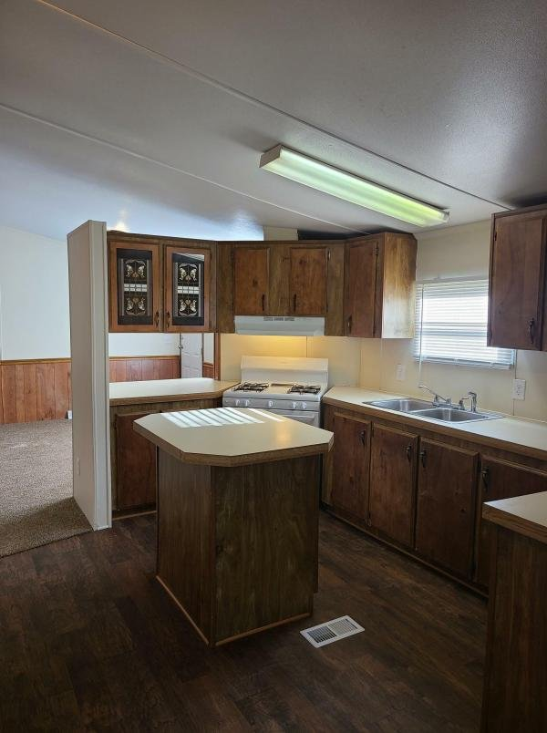 1987 Mansion Mobile Home For Sale