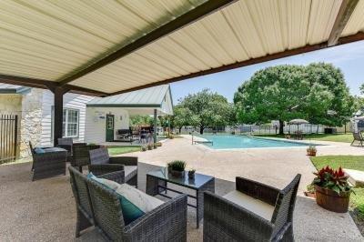 Mobile Home at 9605 W Us Highway 90 Lot #452 San Antonio, TX 78245
