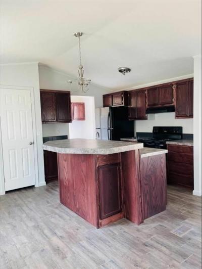 Mobile Home at 9605 W Us Highway 90 Lot #469 San Antonio, TX 78245