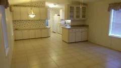 Photo 5 of 16 of home located at 701 Aqui Esta Dr. #187 Punta Gorda, FL 33950