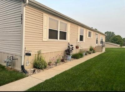 Mobile Home at 281 Woodland Trails Dr. Collinsville, IL 62234