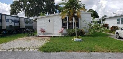 Mobile Home at 9303 Bayshore Rd Palmetto, FL 34221