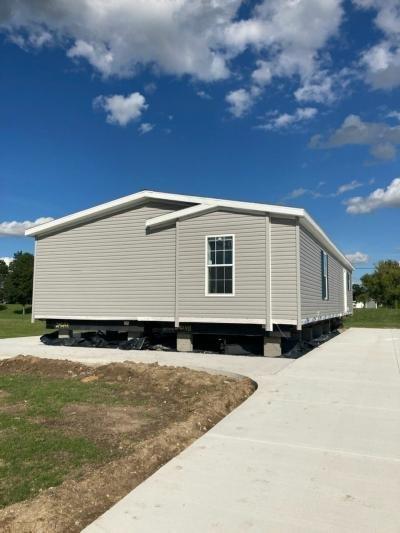 Mobile Home at 4286 Parkway Street Lot Pw4286 Saginaw, MI 48603
