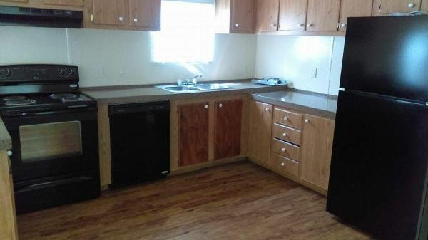 1997 CMH MANUFACTURING INC Mobile Home For Sale