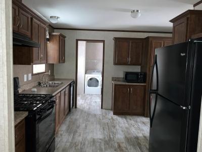Mobile Home at 176 Oakridge South Monroe, MI 48161