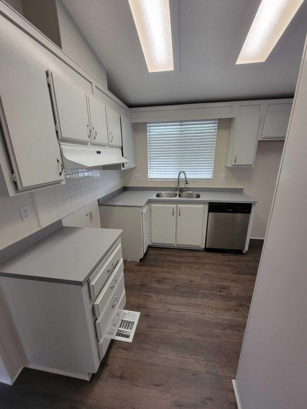 1988 Silvercrest Mobile Home For Sale