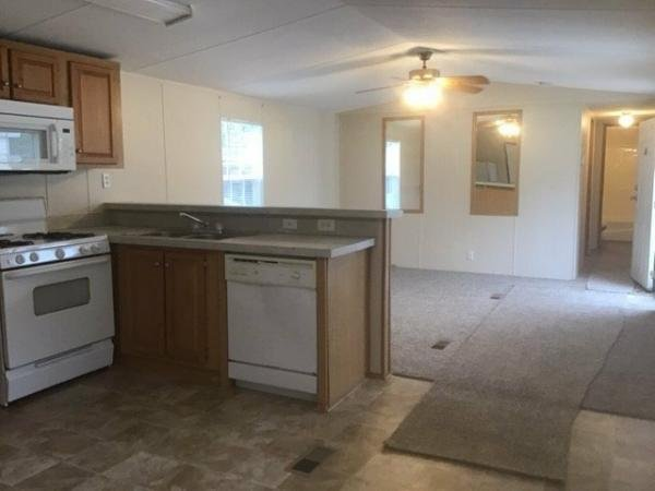 2005 CLAYTON Mobile Home For Sale