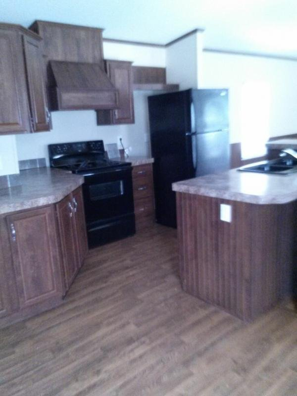 2011 FLEETWOOD HOMES, INC Mobile Home For Sale