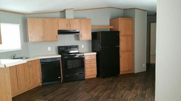 2006 REDMAN Mobile Home For Rent