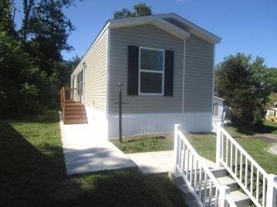 Mobile Home at 17 Winchester Court Imperial, PA 15126