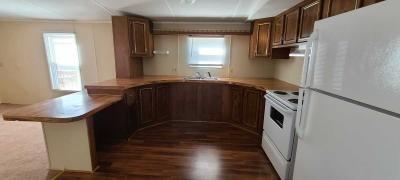Photo 2 of 4 of home located at 41 Tee Kay Mobile Manor O Fallon, MO 63368